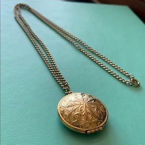 Necklace with locket ( secret compartment)